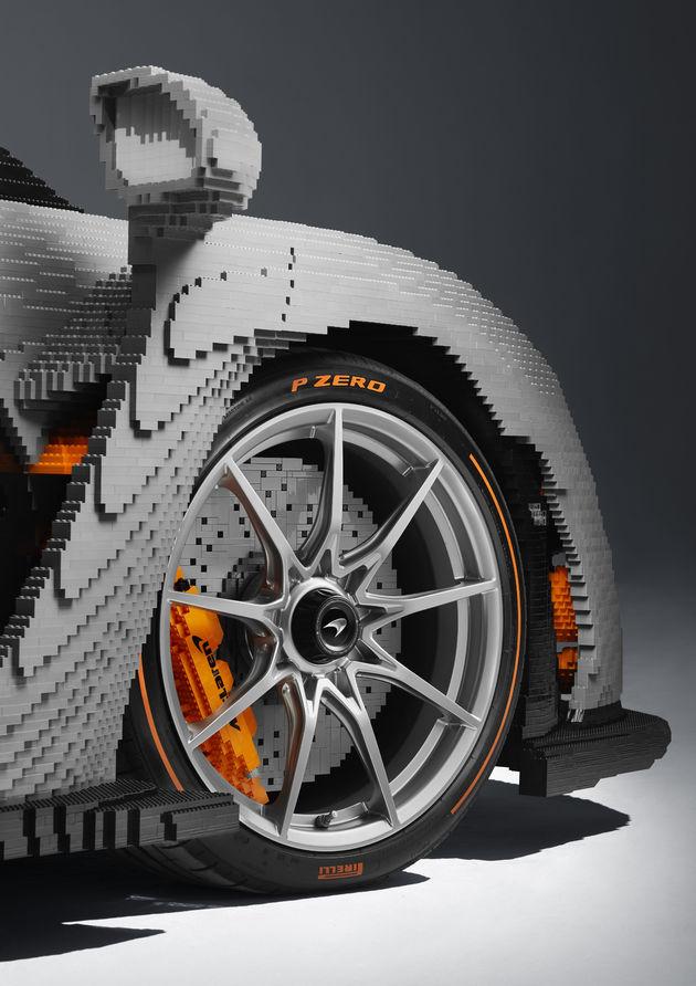 LEGO McLaren Senna_front tyre
