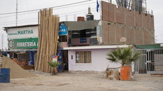 Lima_onafgewerkte_huizen