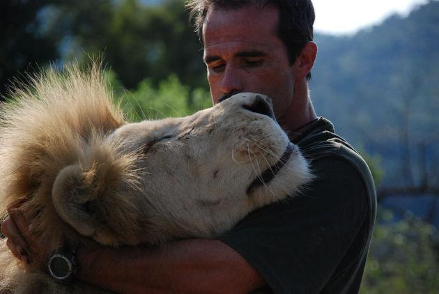 LionWhisperer_003