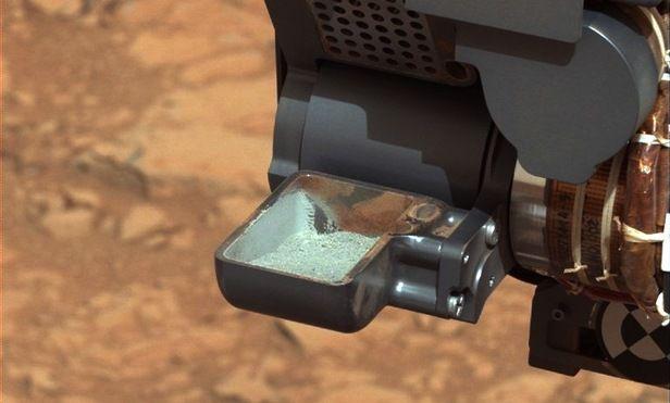 Mars Rover Curiosity toont eerste 'Drill Sample'