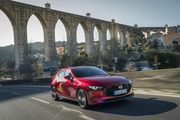 Mazda3_HB_SoulRedCrystal_Action (30)