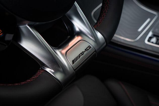 mercedes-amg_glc_43_AMG_steering