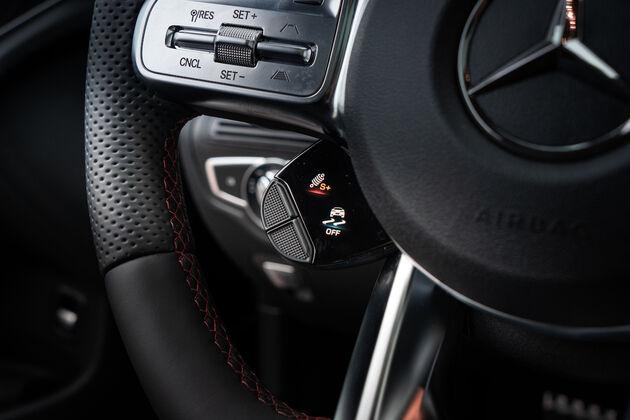 mercedes-amg_glc_43_Steeringwheel_settings