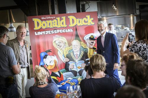 Mister Donald Duck geridderd