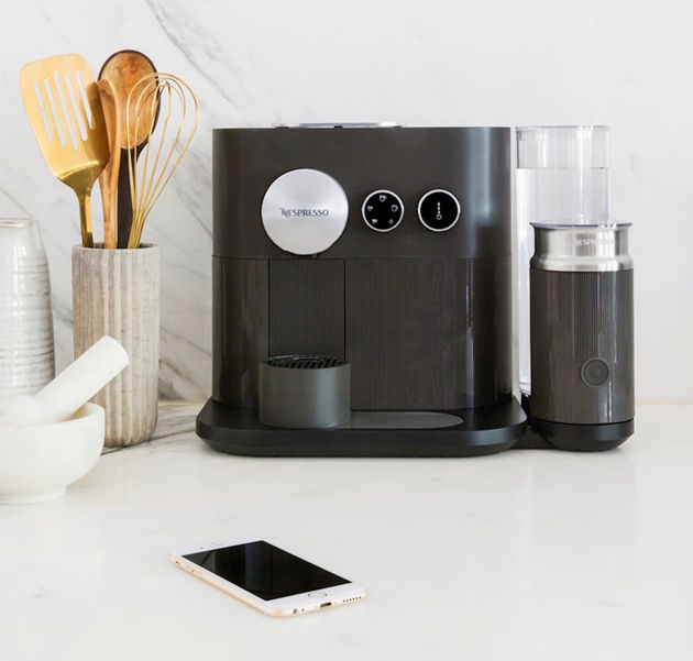 Nespresso Expert&milk machine_sfeer3