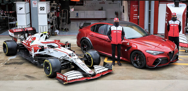 Newby_Antonio_Giovinazzi_veteraan_Kimi_Räikkönen.j