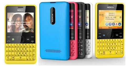 Nokia Asha 210: QWERTY-telefoon met ook een Whatsapp-knop