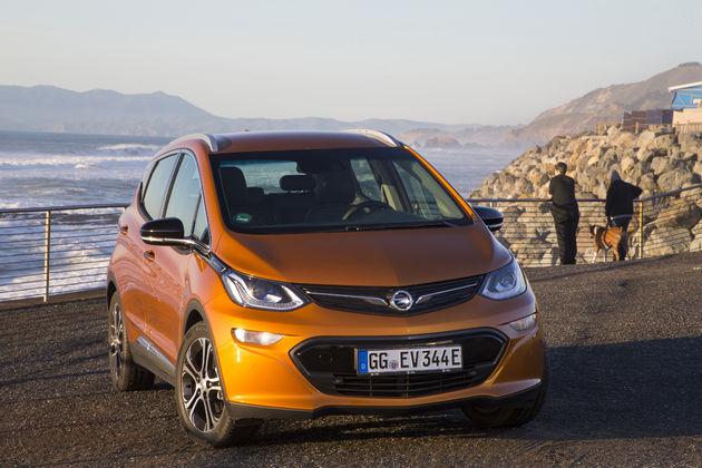 Opel_Ampera-e-8