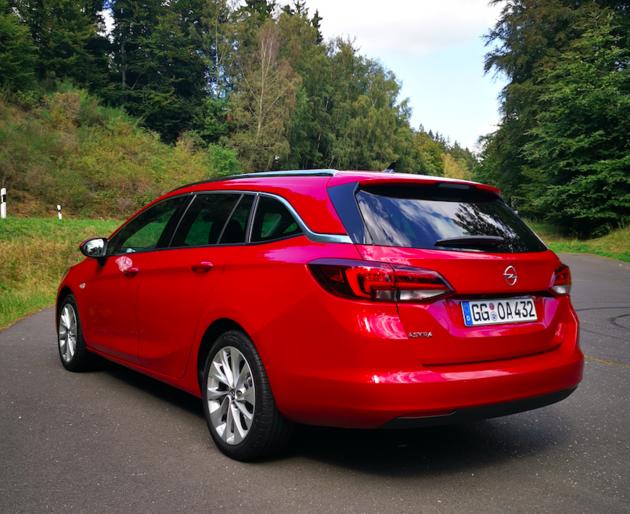 Opel Astra 11 generatie