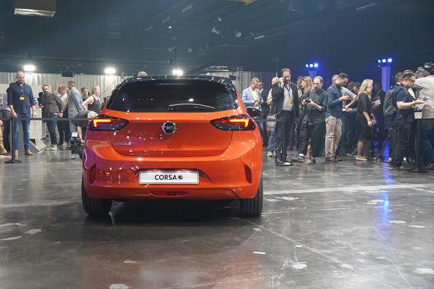 Opel_Corsa_e_4