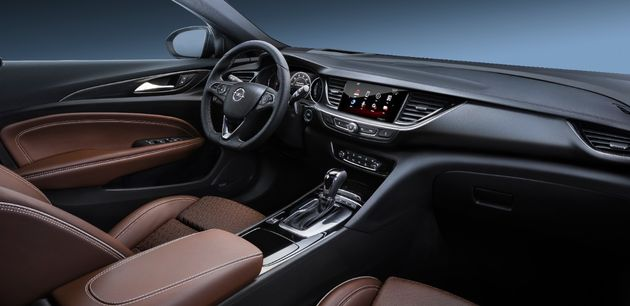 Opel-Insignia-304395