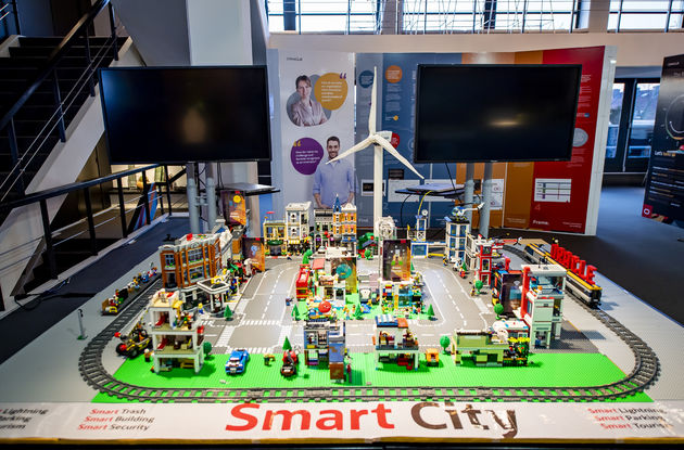 Oracle smart city Lego