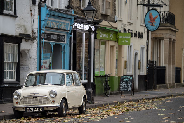 P90331429_highRes_1959-morris-mini-min