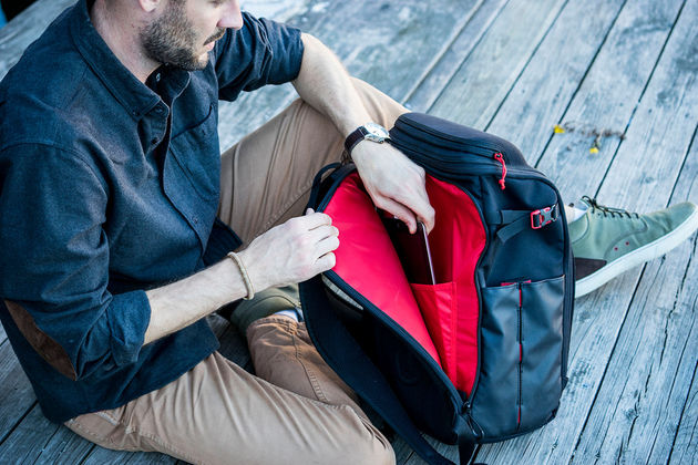 padded-tablet-laptop-sleeve-backpack