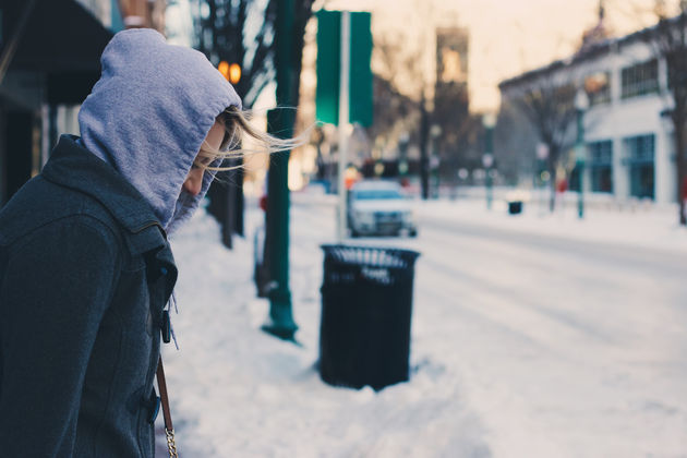 pedestrian-person-snow-winter-road-street-1390125-pxhere.com (1)
