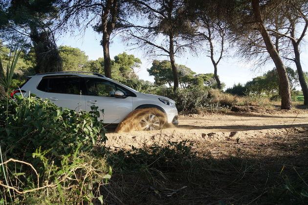 Peugeot_2008_Grip_Control_2
