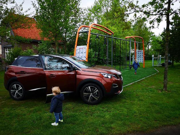 Peugeot-3008-speeltuin