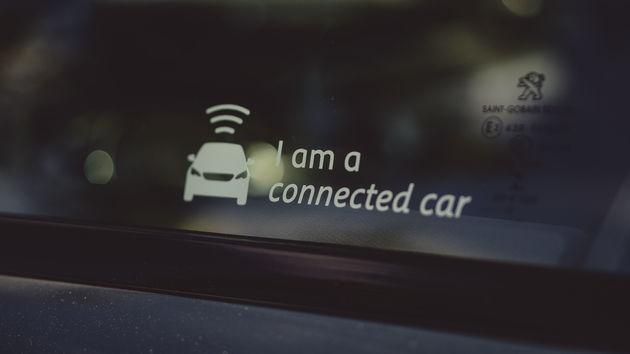 Peugeot_508_SW-Connected_Car