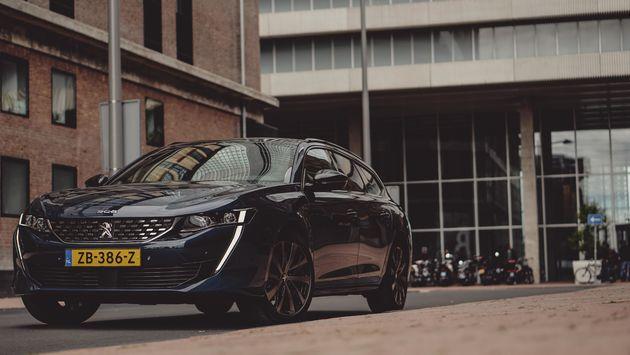 Peugeot_508_SW_zijaanzicht