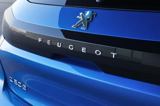 Peugeot-e-208-08