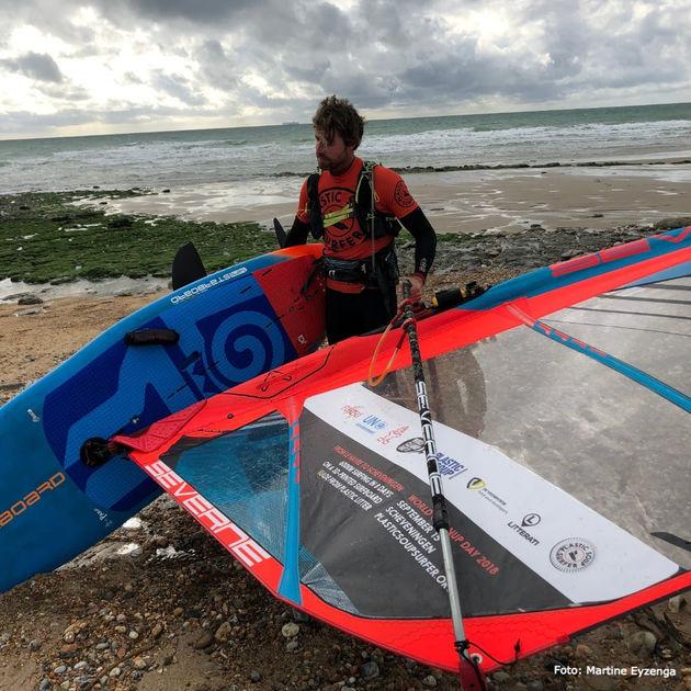 plastic-soup-surfer