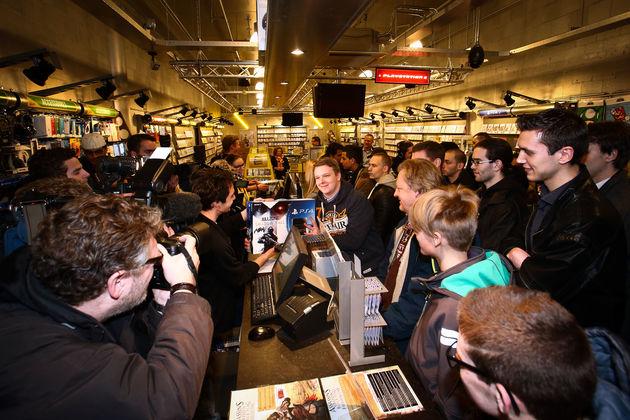 Playstation 4 gekte ging afgelopen nacht ook in Nederland van start