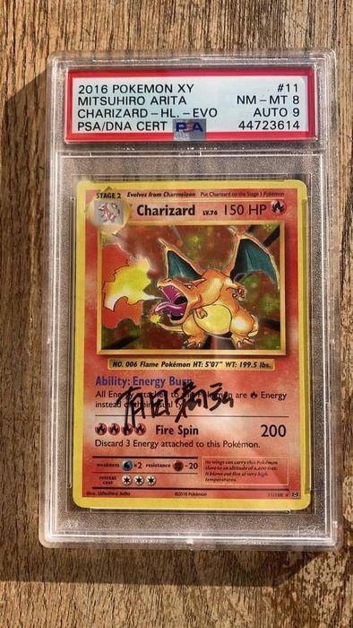 Pokémon Charizard.