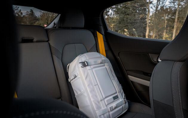 Polestar_2_backseats