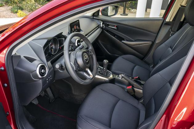 Review Mazda2