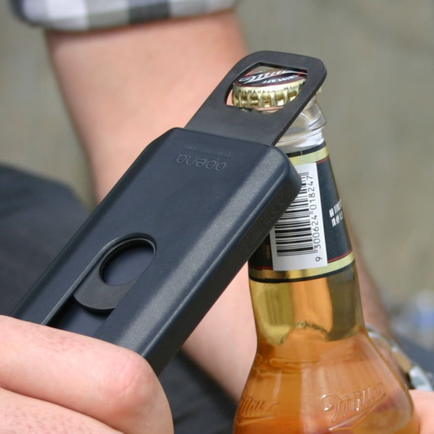 #RTfun: Opena iPhone case; altijd een flesopener op zak