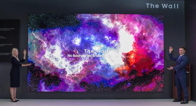 Samsung-219-The Wall