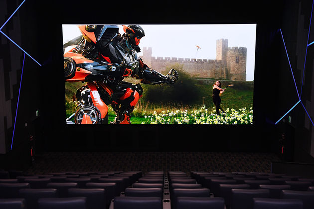 Samsung-Cinema-LED-Screen3