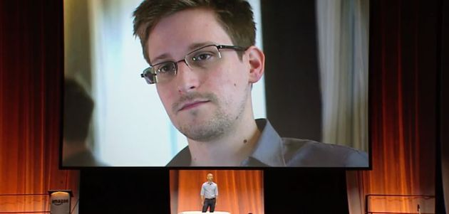 ALS_Ice_Bucket_Challenge_Snowden