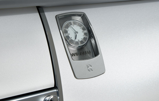 Rolls-Royce Wraith Inspired By Fashion 6