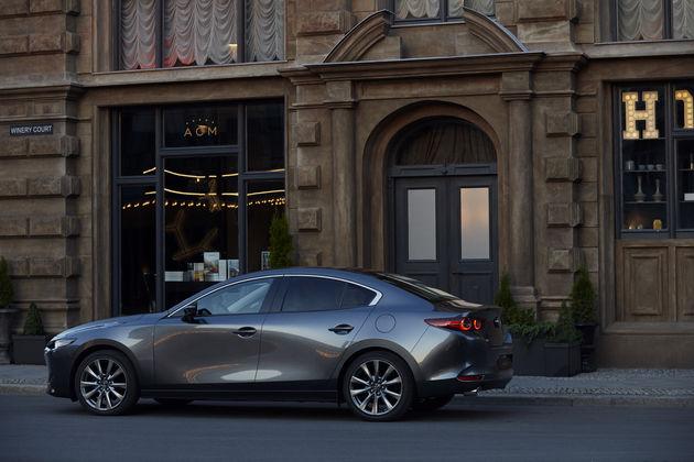 Sedan Mazda3