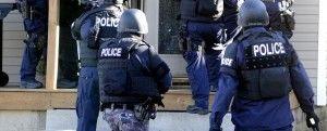 Snelkookpan + rugzak = politieinval