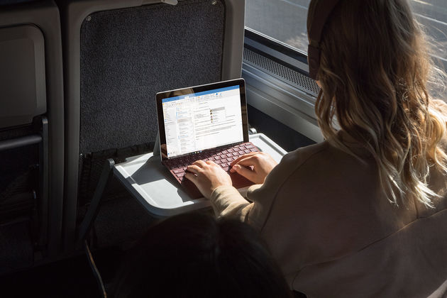 Surface-Go-Productivity-3
