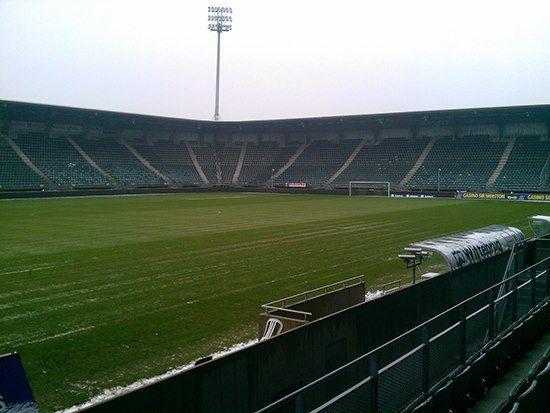 T-Mobile verbetert mobiel internet rondom stadion ADO Den Haag