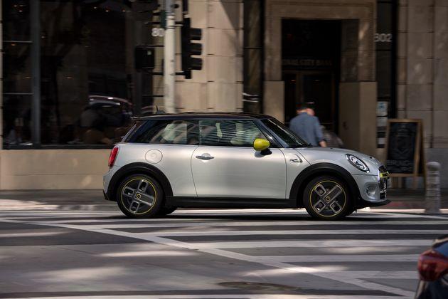 the-new-mini-cooper-electric