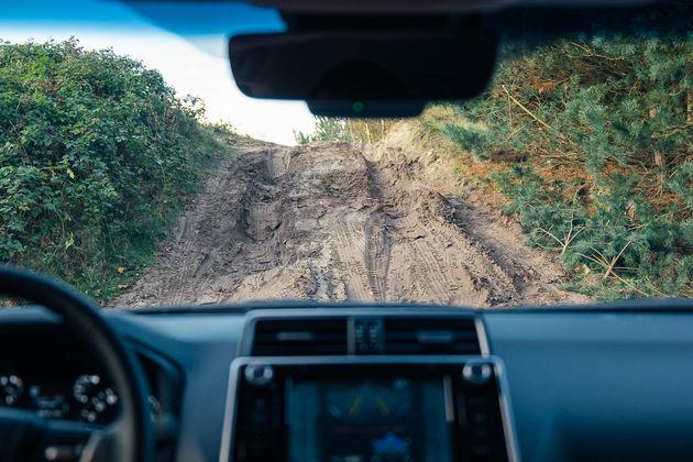 Toyota Land Cruiser-4