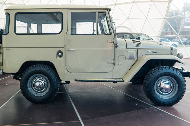 Toyota Land Cruiser-8