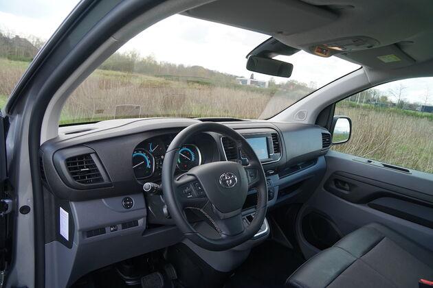 Toyota_Proace_interieur