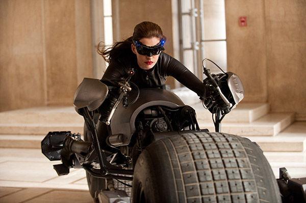Tumbler en Bat-Pod uit Batman films naar TT Assen