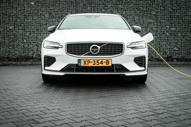 V60-hybride-opladen-accu