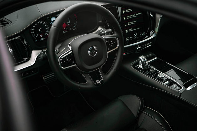V60-interieur-stuur