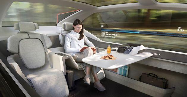 Volvo_360c_Interior