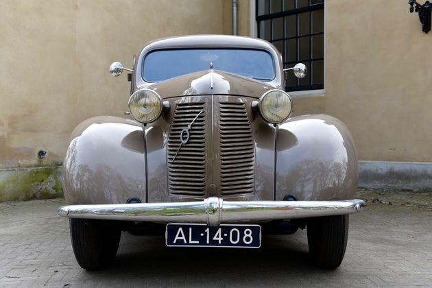 Volvo_90_jaar_oud