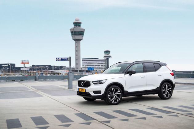 Volvo_Schiphol_9530_Landscape