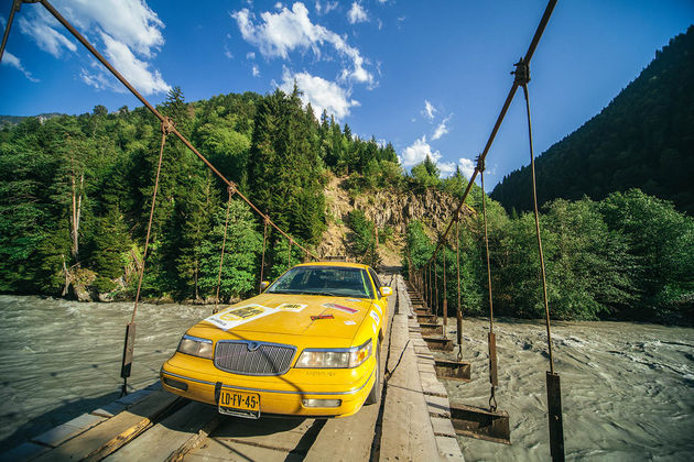 yellow-cab-river