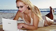 Zon, zee en... online diefstal